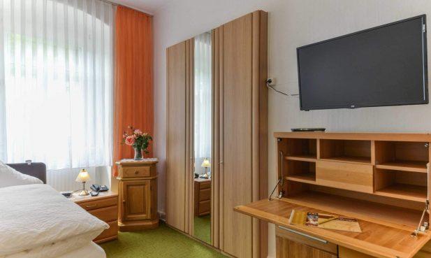 Hotel Restaurant Hessischer Hof Bad Karlshafen - Doppelzimmer TV