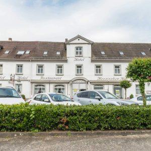 Restaurant Hessischer Hof Bad Karlshafen - Außenansicht