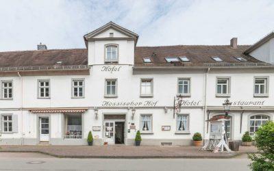 Hotel-Restaurant-Hessischer-Hof-Bad-Karlshafen---Außenansicht